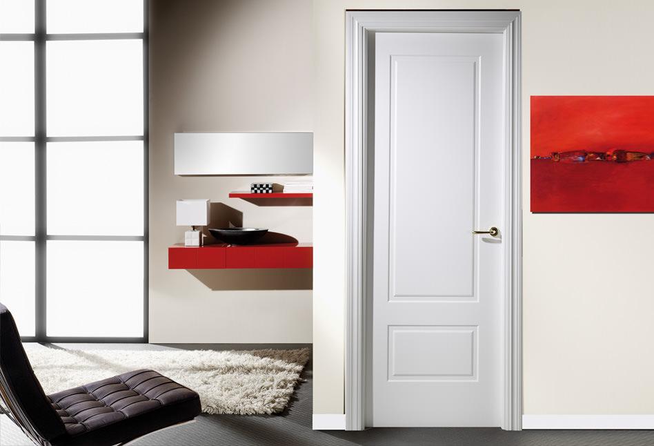 Puerta lacada blanca plafonada recta