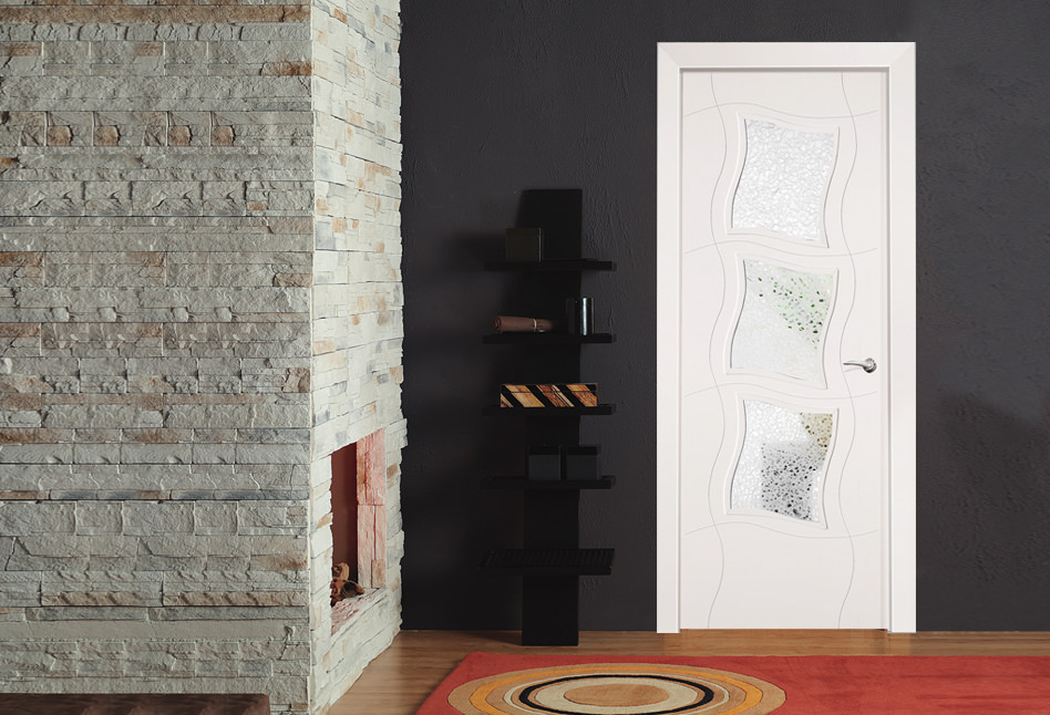Puertas lacadas blancas lisas en stock Eñe Madrid