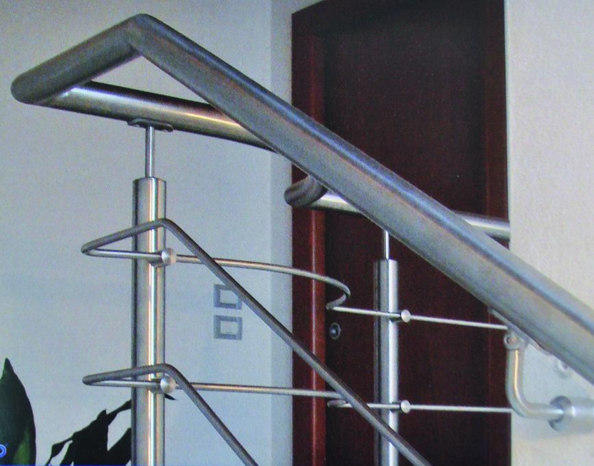 Distribuidor barandillas escaleras acero
