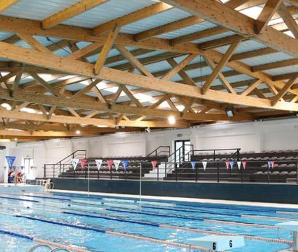 cerchas madera piscina cubierta